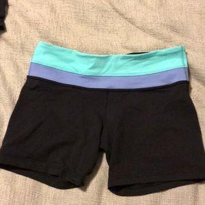 Lululemon boogie reversible shorts